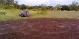 Foi brincar de fazer zerinho com fusca, o carro se revoltou e foi embora hahaha!