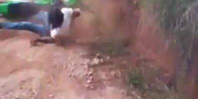 Motoqueiro no meio do mato tem que ser bruto, veja no video!
