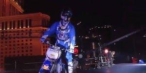 Os saltos mais incríveis com moto, você não vai acreditar no que esta vendo!