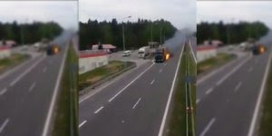 Caminhão na rodovia pegando fogo e o motorista não percebeu!