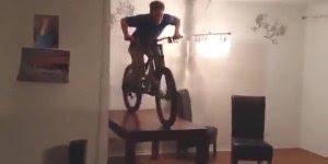 Descubra o motivo de não poder andar de bicicleta dentro de casa!