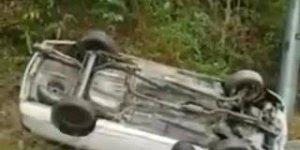 Foi tentar colocar o carro encima do caminhão, mas algo deu errado kkk!