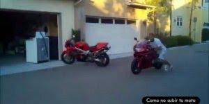 Gente é cada tombo de moto, não sei se dói pelos arranhões ou pelos tombos !!