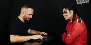 Batalha de quem ri primeiro com cover do Michael Jackson hahaha!