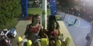 Criança tendo apagão em brinquedo de parque de diversão, confira!