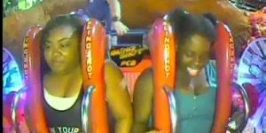 Mulheres desmaiam no brinquedo em parque de diversão, confira!