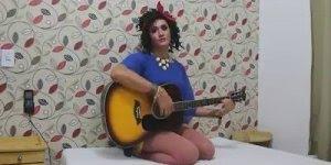Paródia da musica Trem Bala, uma esposa cantando para o marido!