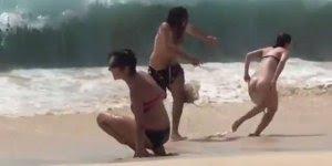 Pessoas que nunca foram a praia,veja como é a primeira vez hahaha!
