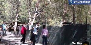 Pegadinha da Anaconda no Parque, imagina o susto dessas pessoas!