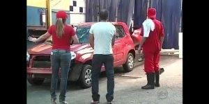 Pegadinha do carro no lava rápido, será que você iria ficar calmo?