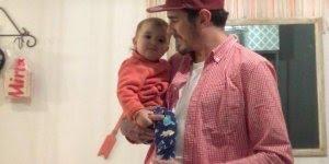 Bebê faz mágica com seu pai, veja que coisa mais linda!!!