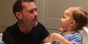 Bebê fazendo Beatbox com seu pai, que menina mais fofa, confira!