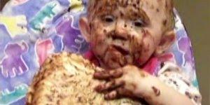 Bebês e chocolates - Uma junção que dá muito certo, confira!
