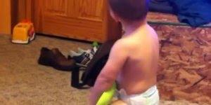Bebês fazendo as caretinhas mais engraçadas que se possa imaginar!!!