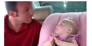 É comprovado que mulher já fala muito desde bebê, veja a prova neste video kkk!