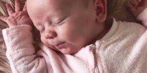 Soninho gostoso dos bebês, olha só que paz este vídeo nos passa!!!