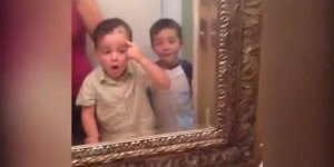 Crianças que cortaram o próprio cabelo, veja que engraçado kkk!