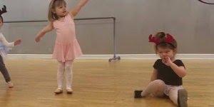 Crianças que não curtem, ou curtem muito, apresentações em público!