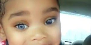 Menina parda com um olho de cada cor, que coisa mais linda!