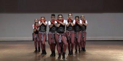 Apresentação de Dança em grupo, esses arrasaram hein, confira!