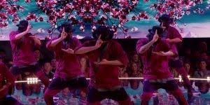 Apresentação de grupo de dança, veja que coreografia perfeita!!!