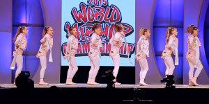Campeonato mundial de HIPHOP! Veja que fera essas garotas dançando!!!