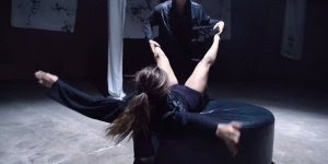 Dança contemporânea linda, vale a pena conferir, esse casal manda muito bem!!!