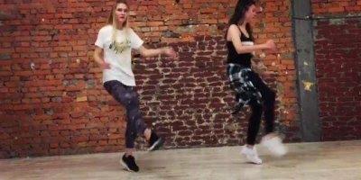 Dança eletrônica, marque sua amiga para fazer um vídeo deste com você!!!