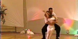 Dança romântica a dois, difícil quem não goste de uma apresentação assim!