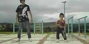 Se você acha que dança muito, ainda não viu esse garotinho...