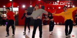 Uma dança que contagia, veja o que esse grupo faz, muito legal!