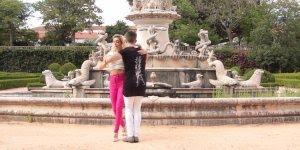 Vídeo com casal dançando Kizomba, um ritmo que vem conquistando muita gente!!!