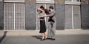 Vídeo muito legal mostrando 100 anos de dança e moda, vale a pena conferir!!!