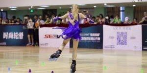 Menina dando show em cima de um patins, que lindo e que habilidade!