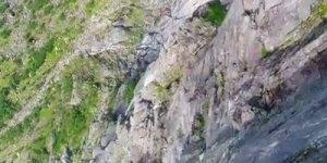 Saltos com Wingsuit, uma roupa que te dá a oportunidade de voar!