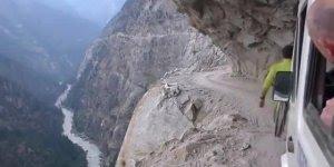 E mais um episodio de estradas mais perigosas do mundo! Veja se teria coragem!!!