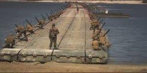 Grupo militares montam uma ponte de uma maneira bem impressionante...