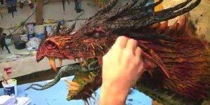 Impressionante dragão feito com papel machê, vale a pena conferir!!!