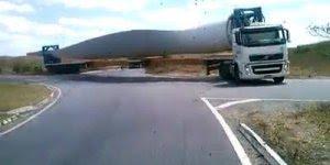 O tamanho desse caminhão é assustador, confira e compartilhe!