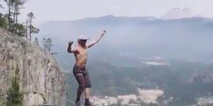 Vídeo impressionante de travessia na corda bamba nas alturas!!!