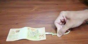 A galera tem muita criatividade, kkk! Você sabe carrega seu dinheiro?