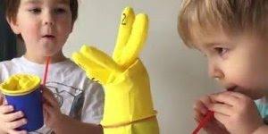 Brinquedo para crianças para fazer em um minuto, compartilhe no Facebook!