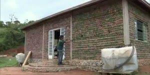 Casa feita de garrafa PET em Estrema uma ótima opção para sustentabilidade!!!