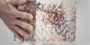 Esse cubo muda conforme o lado que você vira, cada lado uma imagem diferente!!!
