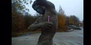 Muito legal estas imagens! Veja as mais criativas fotos com estatuas!!!
