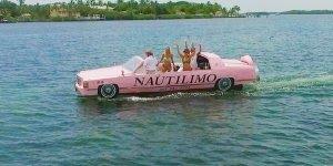 Olha só que legal este Cadillac rosa andando sobre a água!!!