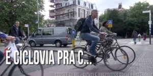 Que legal esse vídeo! Veja só como é importante a bicicleta em Amsterdã!!!