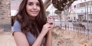 Vídeo muito legal mostrando casa do terror em Hollywood inspirada no filme It!