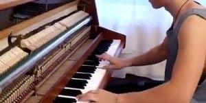 Musica Despacito tocada no piano, olha só que legal que ficou!!!