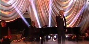 Ouvir Andrea Bocelli e Jennifer Lopez cantando Quizás, Quizás, Quizás!!!
